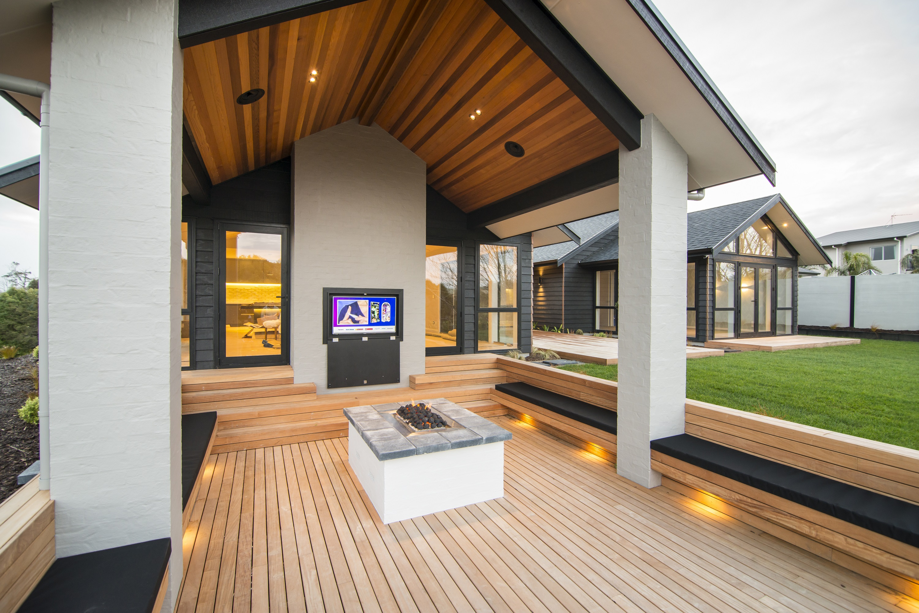 Outdoor Living | Inspiration | Modern Outdoor Living Ideas ... on Exclusive Outdoor Living id=43580